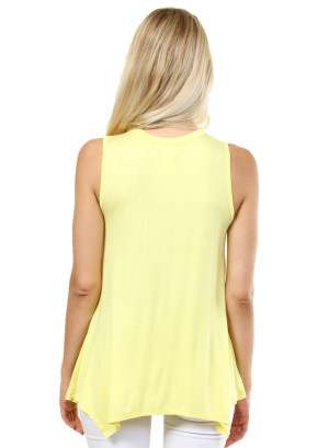 Solid sleeveless round neck that features the neck collar. WH-D0288S-YELLOW