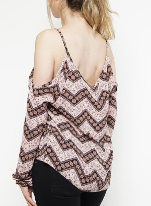 Cold-shoulder long sleeves printed crochet-detail top. Bt-2164P- Blush Black