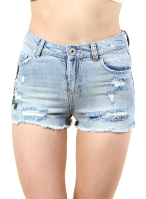 DISTRESSED WOMEN'S HIGH RISE SHORTS WITH PATCHES. FH-NRB020268RK-MD/WASH
