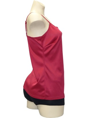 Adjustable spaghetti straps tank top.T006283-MAGENTA