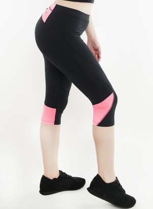 Stretched active Capri-leggings. 2015001-Black/Pink