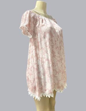 816881-Pink Floral
