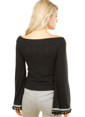 Long sleeve top with patterned sleeve opening. WH-8627-BLACK