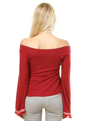 Long sleeve top with patterned sleeve opening. WH-8627-RED