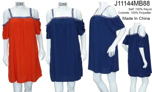 Cold-Shoulder solid shift dress. J11144MB88-RED