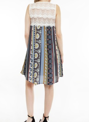 Sleeveless lace-detail lined, Geo-printed shift dress.J2660-1-Navy Floral